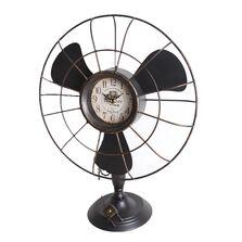 Ceas de masa metalic, forma ventilator